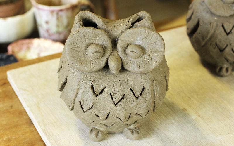 フクロウの陶器